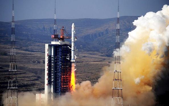 china_rocket_250616.jpg.768ccfd547b5905cdfc105517a0b207f.jpg